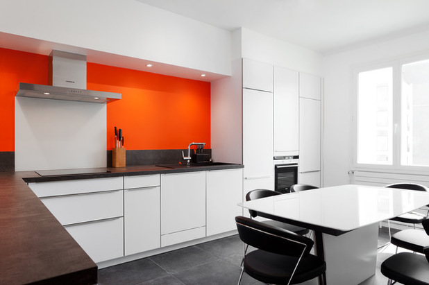 cuisine blanche et orange